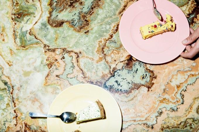 Bilde av bord med kake på
