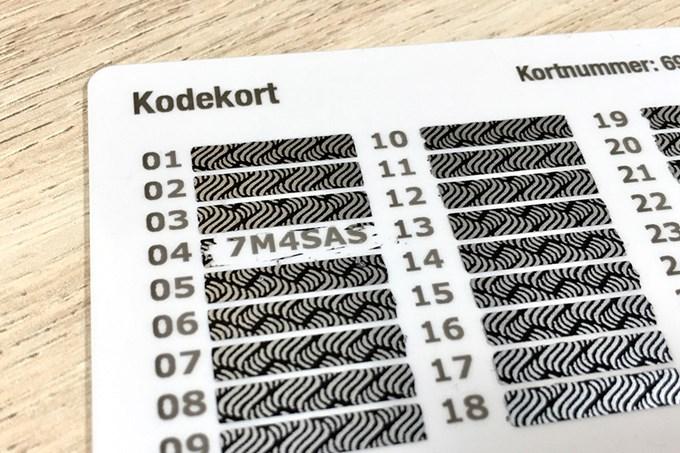 Kodekort med skrapefelt | foto