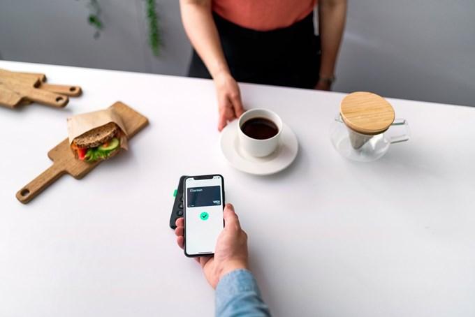 Enklere betaling med mobilen. Foto.