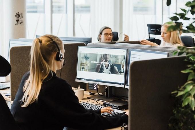 Medarbeidere i Sbanken. Foto